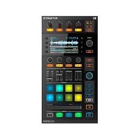 Native Instruments Traktor Kontrol D-2 DJ Controller