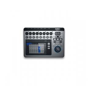 QSC Touchmix 8 Touch-screen digital audio mixer