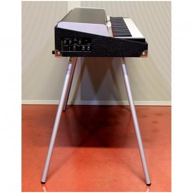Senovinio stiliaus skaitmeninis pianinas - CRUMAR SEVEN 10