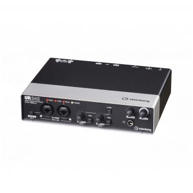 Steinberg UR-242 Audio Interface 3