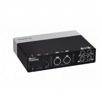 Steinberg UR-242 Audio Interface 4